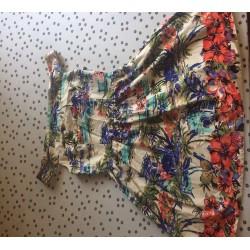 Off shoulder floral dress, worn once, size 12 ENUGU