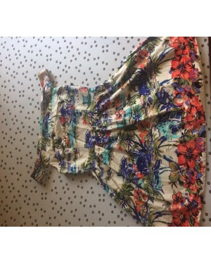 Off shoulder floral dress, worn once, size 12 ENUGU